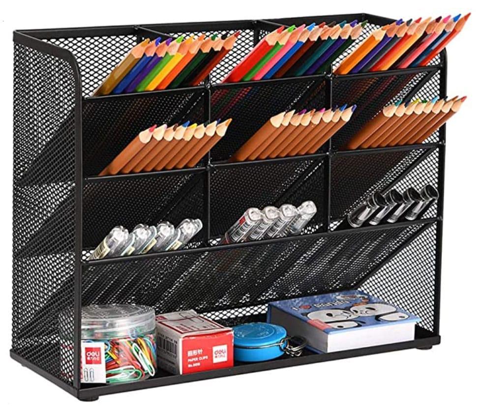best-desk-organizer-for-illustrators_black-desk-organization-ideas