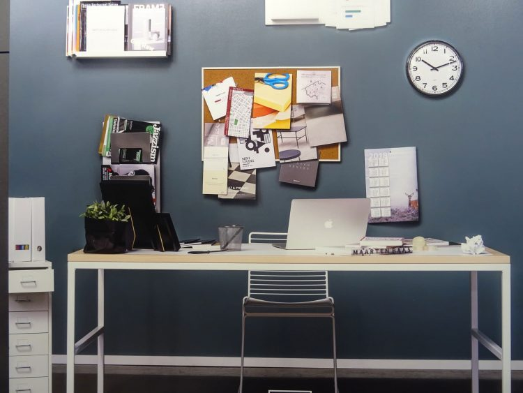 10 Best Desk Organization Ideas to Tame the Clutter