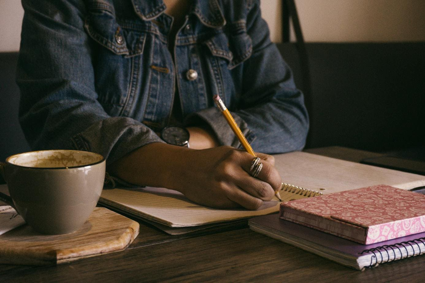 How to Become A Freelance Writer With No Experience: 18 Writers Tell-All